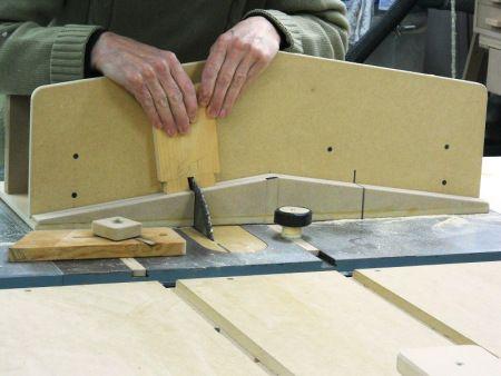 17 meilleures id es propos de fabriquer un etabli sur pinterest cellier avec moustiquaire. Black Bedroom Furniture Sets. Home Design Ideas