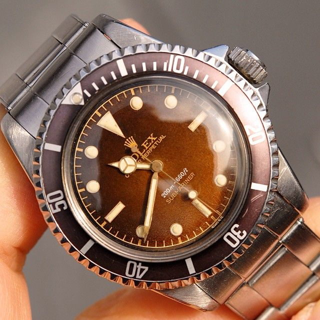 « I love this tropical Rolex 5512. This Dial had catched the sun … »