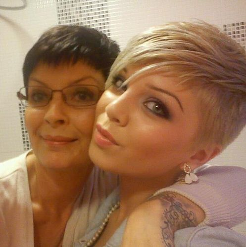 Swell 1000 Ideas About Really Short Hair On Pinterest Clip In Hair Short Hairstyles Gunalazisus