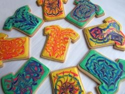 Tie Dye Cookies are even cuter in the shape of little t-shirts...: Baking Cookies, Confections Cakes Cookies, Tshirt Cookies, Dye Tshirt, Dye Birthday, Dye Colors, Dye Cookies, Cookies Blog