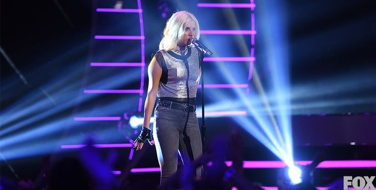 Simple but effective for Jax: a vintage silver top with jeans and a choker from Topshop. - See more at: http://www.americanidol.com/photo-gallery/idol-style#sthash.RtBfnf8Y.dpuf