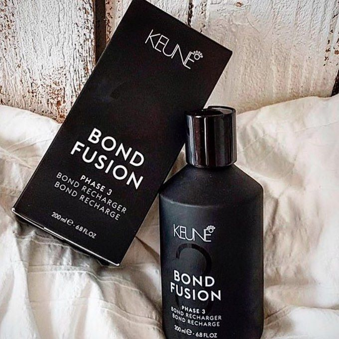 Going blond(er) for #summer?  Don't forget your #BondFusion! Head to the #linkinbio to see how #KeuneBondFusion can help you and your clients achieve sought after #summerhair without ruining strands! image repost @keuneru