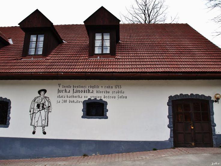 Krčma vo Valaskej Dubovej.2017  Jánošíka tu síce nechytili ale mohol tam popíjať.