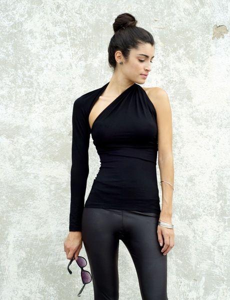 Top #asymetrique de Marcella Moda