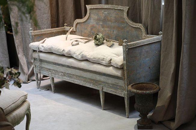 Pretty French linen bench