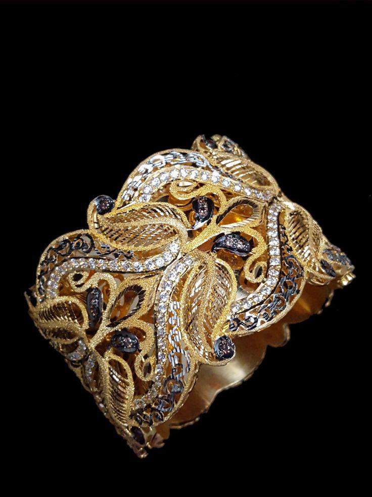 best 25 arabic jewelry ideas on pinterest arabic names. Black Bedroom Furniture Sets. Home Design Ideas