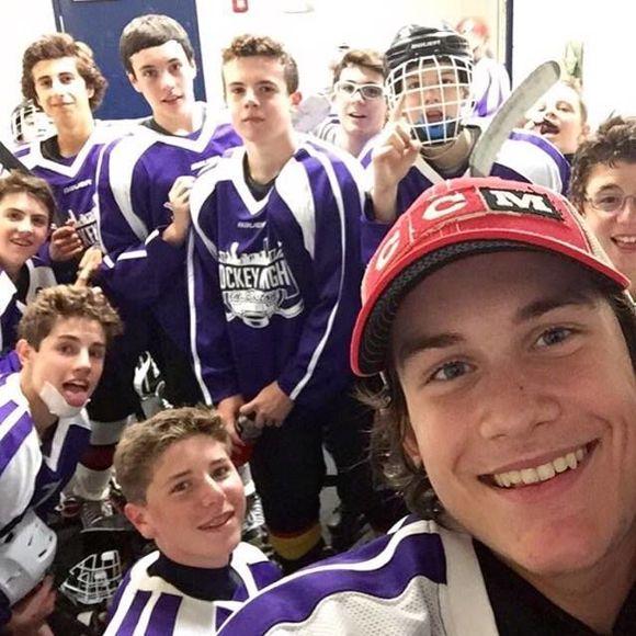 René-Charles Angélil remporte un tournoi de hockey avec le Nevada Storm | HollywoodPQ.com