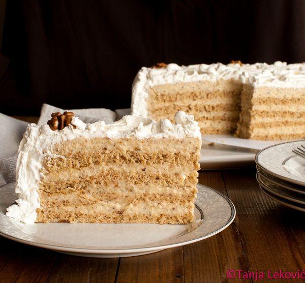 (please scroll down for recipe in English) Žito torta će prevariti najveće znalce, pa čak i one koji se takvima predstavljaju, a ...