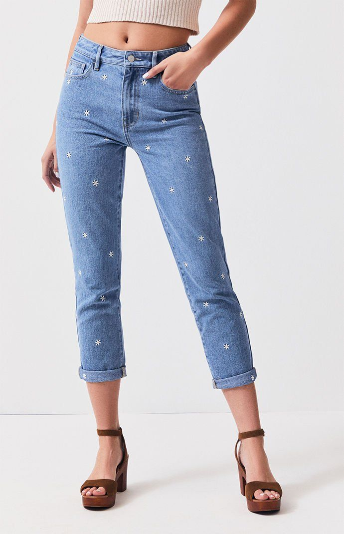 f8ae8be55028 PacSun Raining Daisy Mom Jeans in 2019 | Style | Jeans, Mom jeans ...