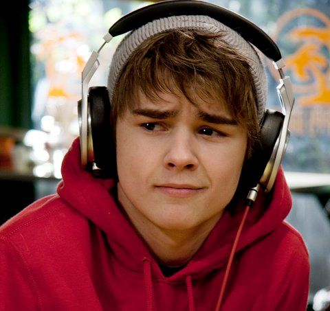 Cam Saunders from Degrassi :(