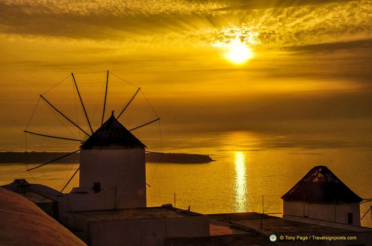 We have put together for you a collection of some of the most spectacular Santorini Sunsets caught on camera from Dana Villas and around Santorini. Description from weddingbee.com. I searched for this on bing.com/images