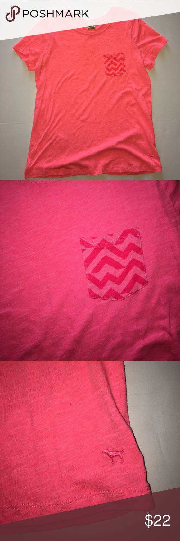 Victoria's Secret PINK T Shirt w/ Chevron Pocket M Excellent used condition. Size Medium. PINK Victoria's Secret Tops Tees - Short Sleeve
