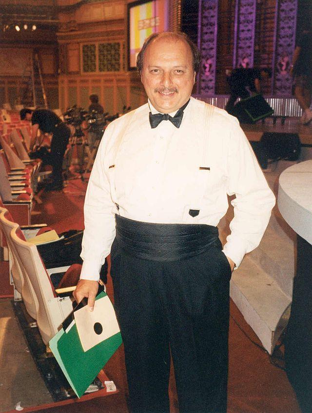 Dennis Franz (October 28, 1944 - )