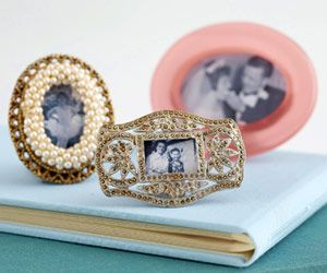 Transform Jewelry into Picture Frames