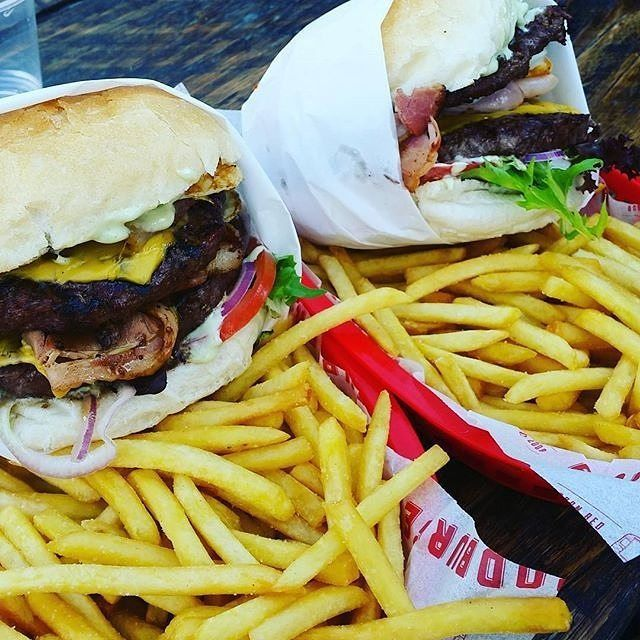 "Your summer holidays might be coming to an end (or already finished) but that doesn't mean you can't still treat yourself to something special! Thanks to Instagrammer @simplyemmalouise for sharing this tempting picture of ""@Brodburger bringing the goods"". #visitcanberra #holidaymode"