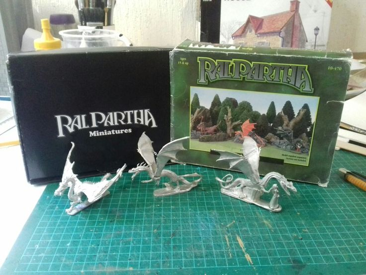 About to start on a new commission piece. Ral Partha's Wyrm Bazaar. A real classic. All glued up and ready to prime. More updates coming soon. ☺  #ralpartha #wyrm #bazaar #classic #tribalwishhobbies #painting #gem #dragon #wyvern #serpent #oldschool #hobby #model #damsel #victim #commission #shop #etsy #mexico #merida  www.etsy.com/shop/TribalwishHobbies