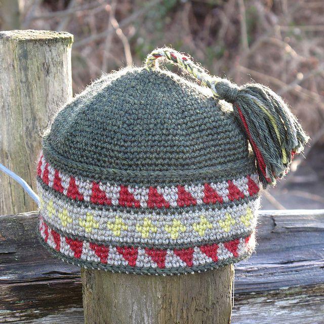 Ravelry: DeborahMcI's New Year's Pang Hat