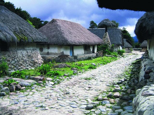 Pueblito Indígena Nabusimake, Parque Nacional Natural Sierra Nevada de Santa Marta, Cesar. Colombia.