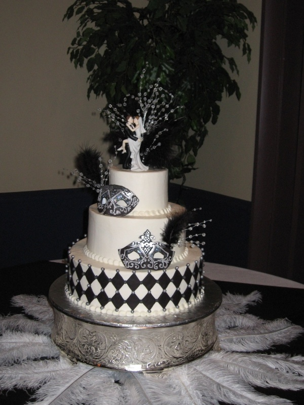 masquerade wedding cake 22 best images about masquerade cakes on 17225