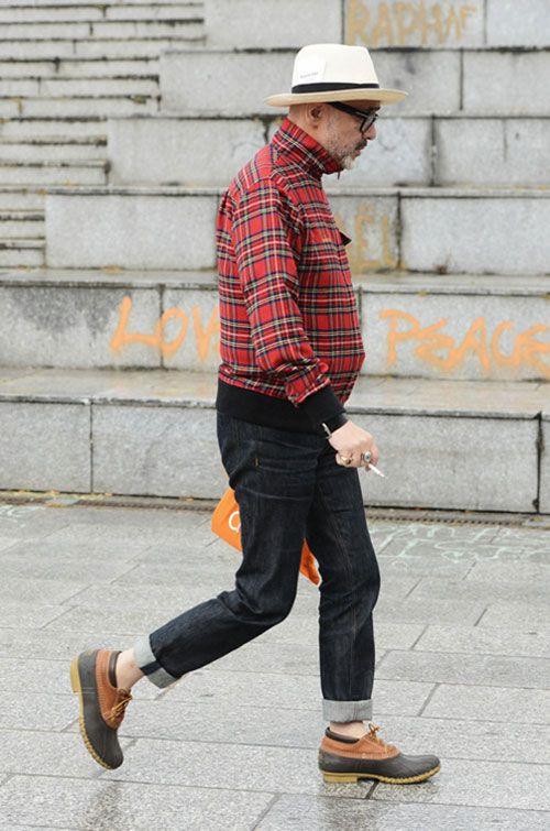2015-04-02のファッションスナップ。着用アイテム・キーワードは40代~, デニム, ハット, ブルゾン, ブーツ, メガネ, ワークブーツ,L.L.Beanetc. 理想の着こなし・コーディネートがきっとここに。| No:99094