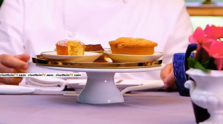 La ricetta dei muffin alle mele, proposta da maestro Ernst Knam nella puntata del 3 febbraio 2017 di Junior Bake Off Italia 2