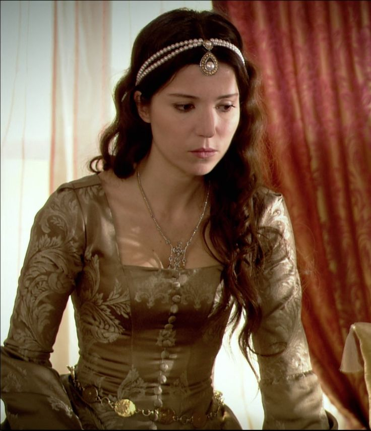 "Hatice Sultan - Magnificent Century - ""The Ghost of the Past"" Season 1, Episode 18"