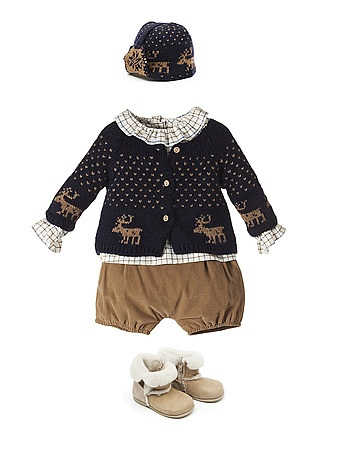 NANOS. Conjunto azul marino y Camel con jersey de renos.