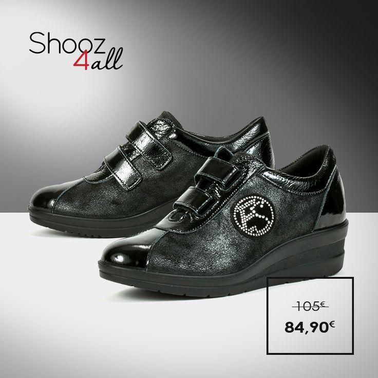 Διαχρονικά γυναικεία παπούτσια με πλατφόρμα ύψους 4 cm. Από τη νέα συλλογή της Enval (Made in Italy), κατασκευασμένα από άριστης ποιότητας υλικά, θα σας χαρίσουν μοναδικά ανάλαφρο και σταθερό πάτημα στην καθημερινότητα σας. http://www.shooz4all.com/el/gynaikeia-papoutsia/dermatina-kai-anatomika-papoutsia-69860-detail #shooz4all #dermatina #anatomika