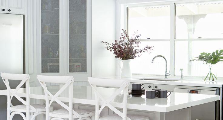 Beautiful light and white Hamptons style kitchen