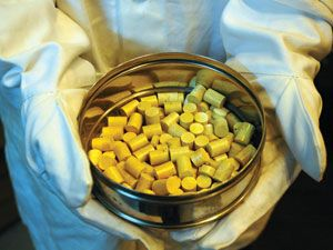 Thorium pellets