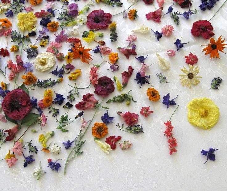Real Dried Flowers 2000 Wedding Decoration Confetti. $240