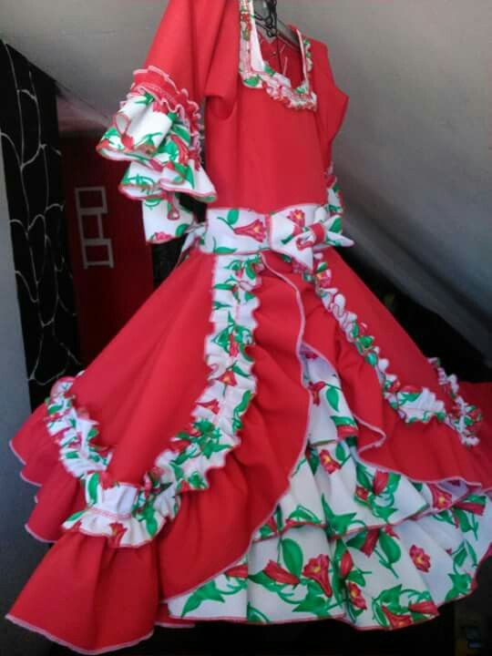 Vestido de huasa  talla 10
