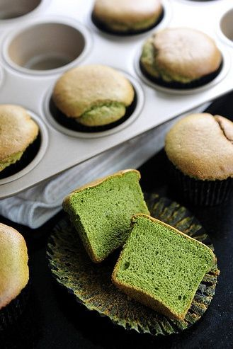 Matcha Sponge Cake! Absolutely delicious!