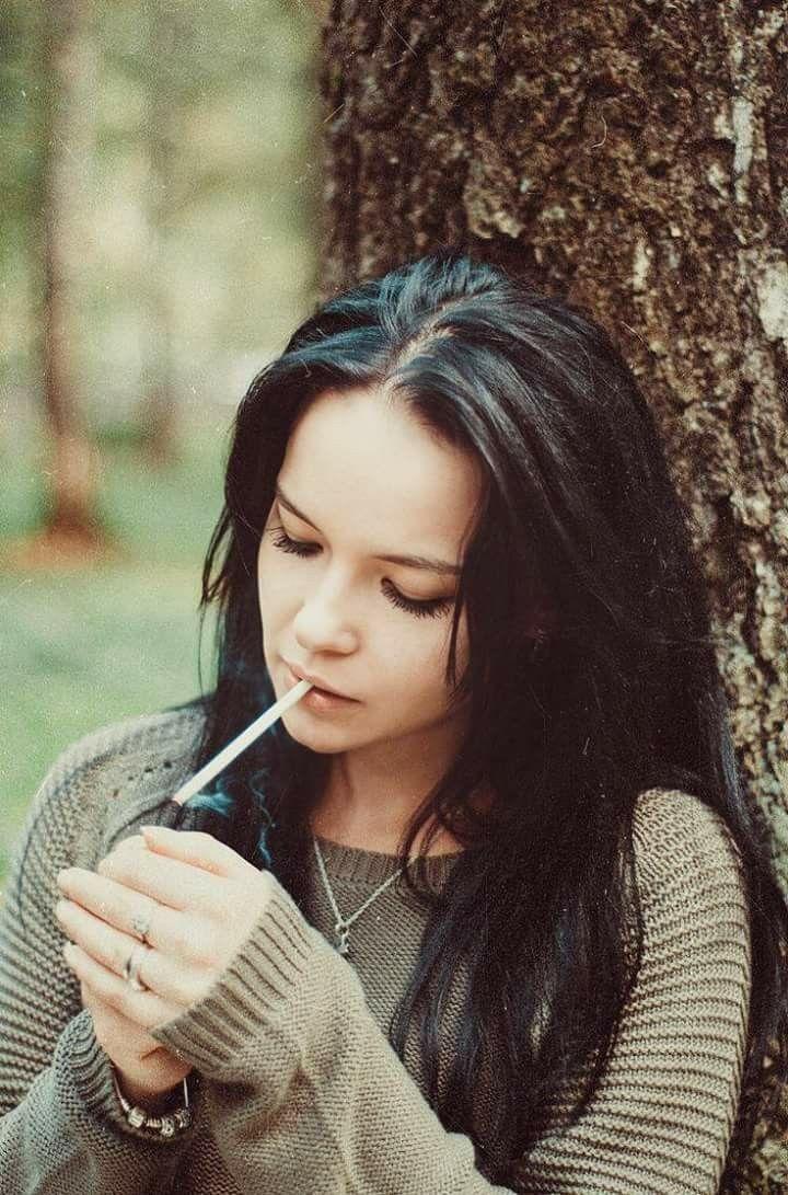 woman smoking cigarette Images, Stock Photos & Vectors ...