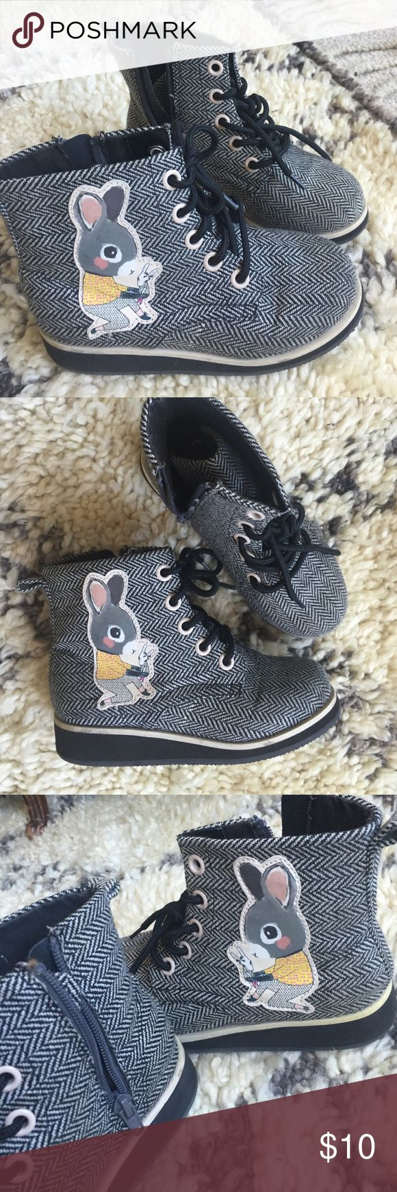 Girls shoes H&M  high tops boots SIZE 13 Girls high top boots/booties in SIZE 13 youth (euro size 31?) with rubber button, in cute tweed fabric with bunnies. WORN ONCE! Like brand new. They didn't fit my daughter so my loss your gain. H&M Shoes Sneakers