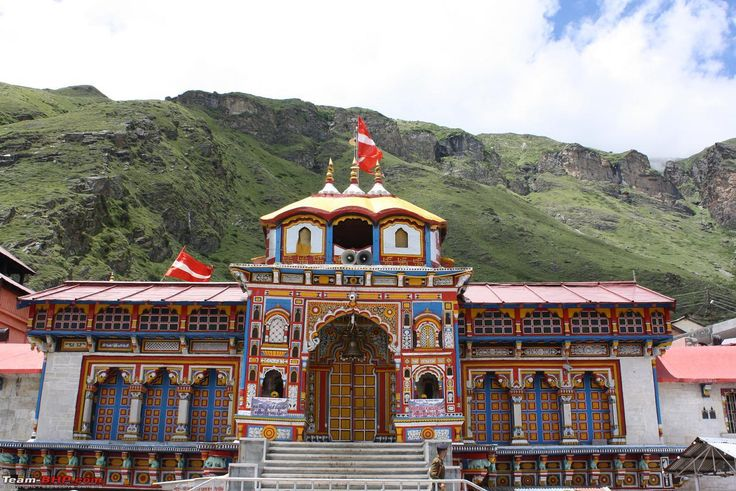 About Badrinath Dham – Badrinath Pilgrimage Tours – Badrinath Travel Information - http://yatrachardham.in/badrinath-dham/