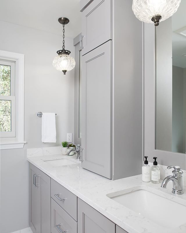 Bathroom Remodel Before After Studio West Architeriors Bathroomremodel Bathroomdesign Bat Design Build Projects