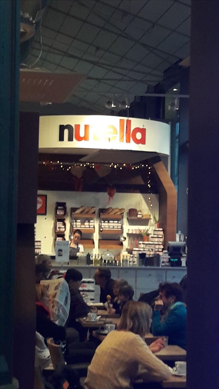 Das Nutella-Cafe in der Schrannenhalle in München sollte man gesehen haben