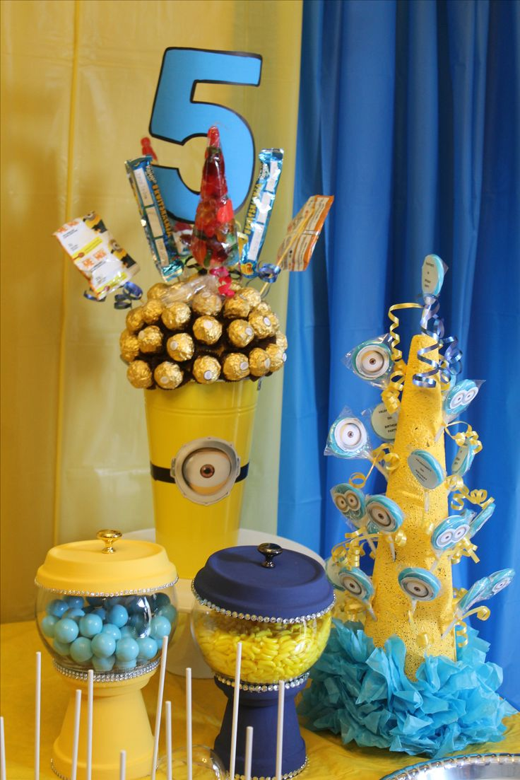 Give to your sweet table a little style with the ferrero roche,,,