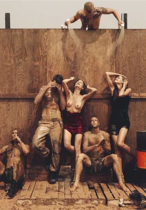 "Missy Rayder & Julia Stegner/Vogue Italia September 2007 ""Make Love Not War"" By Steven Meisel"
