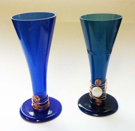 Reciclado botella de vidrio sostenedor de vela azul o vino
