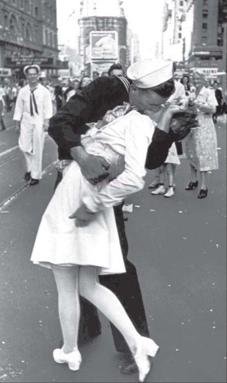 Most famous kiss. Robert Doisneau, famous French photographer.