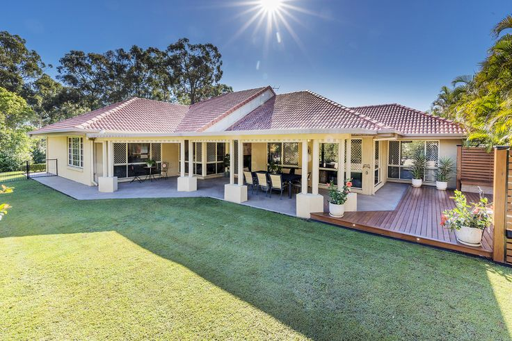 WISHART 12 Berkshire Street... Situated in the exclusive Sovereign Gardens Estate, this large home occupies a 785m2 corner block with dual street access.