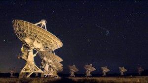 Novo tipo de astronomia investiga objetos misteriosos no espaço sideral e pode encontrar ET - OVNI Hoje!
