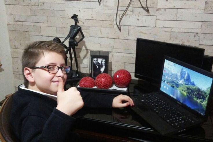 Niño talento se prepara para Olimpiada de Informática