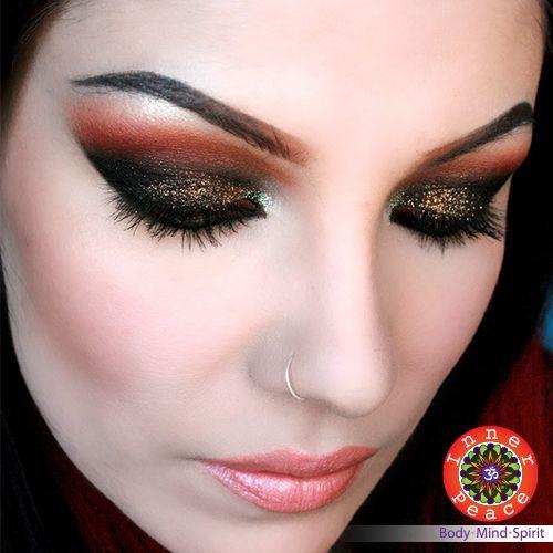Profundiza tu mirada con este #maquillaje. Citas al 2264-9744