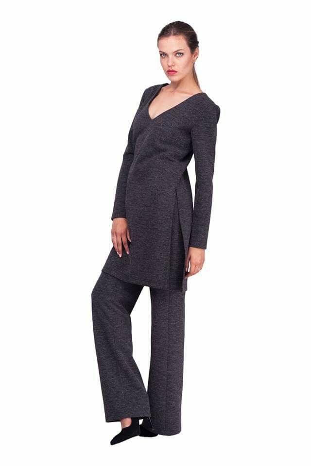 Серые трикотажные брюки и кофта lilo