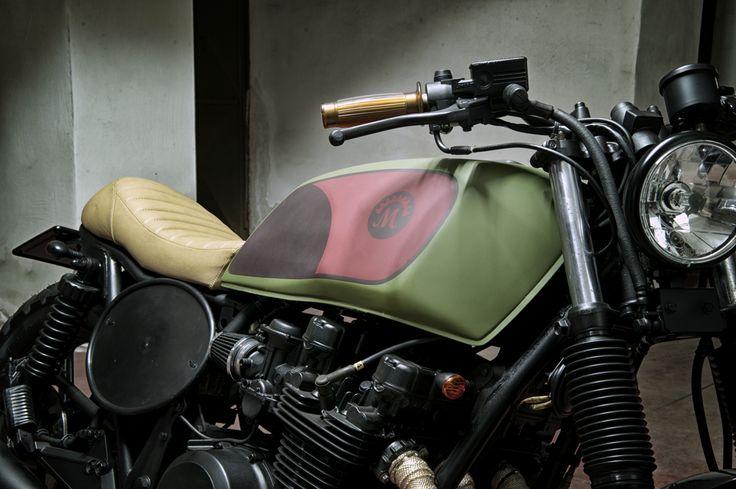 www.motorecyclos.com #custom #motorcycles #Motorecyclos #bikes #kawasaki #scrambler #caferacer based on #kawasaki z750