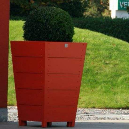 The 25 best macetero madera ideas on pinterest macetas - Decoracion de maceteros ...