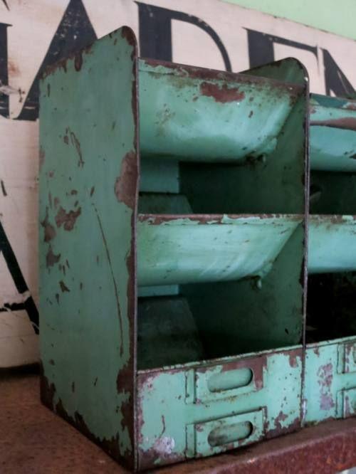 ☆ Brocante, déco vintage industrielle brocante campagne                                                                                                                                                      More